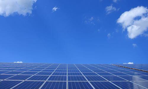 300-sl-alternative-energy-blue-sky-clouds-371900 (1)
